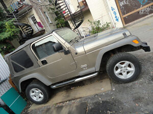 MAGS JEEP TJ 2006 + 4 Pneus hivers preque neuf 225 x 75r15 $600