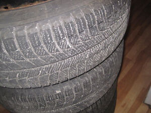 4 Winter Tires On Rims 215/65R16 Michelin in very good condition