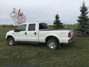 2006 Ford F-250 SuperDuty Pickup Truck -  Gas Engine 5.4L