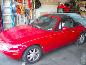 This is WOW! 1993 Mazda MX-5 Miata Convertible - Classic Red
