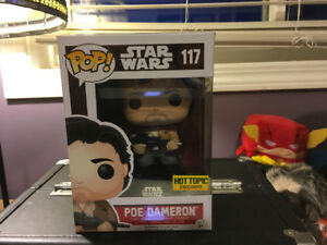 Pop! Funko Poe Dameron Star Wars Hot Topic Exclusive