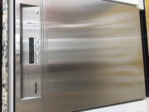 Lave-vaisselle stainless MIELE