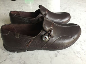 Rockport shoes - brand new, size 5.5
