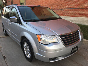 2008 Chrysler Town&Country, Local, DVD, Camera, StowNGo!