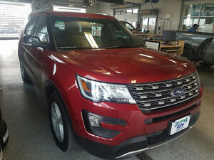 2016 Ford Explorer Loaded XLT5,500KM!!!