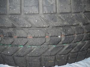 4 pneus hiver 205/65R15   Firestone Winterforce
