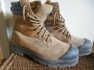 kodiak csa approved work boots, used, good condtion size 10