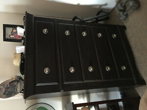 CHEST OF DRAWER/QUEEN HEADBOARD AND SIDE TABLE