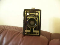 Target Brownie six-16 camera Deco style M13