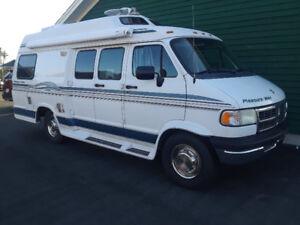 1997 Dodge Pleasureway Camper Van