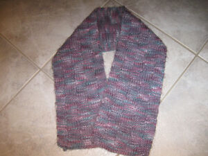 A Cosy Little HAND-KNIT Tuck-In SCARF [Basket-Weave Pattern]