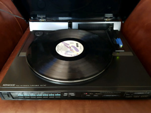 Kenwood Direct Drive Linear Tracking Turntable Record Player