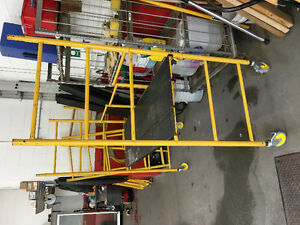 Folding professional grade scaffolding (3 sections)