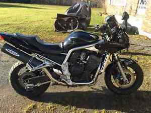 2005 Yamaha FZ1 for sale or trade