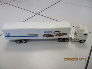 Collectible ERTL Peterbilt Industries 1/64 Scale Die CastTrailer