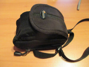 Canon PowerShot camera includes case Kitchener / Waterloo Kitchener Area image 5