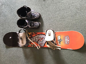 Kid's snow board and boots