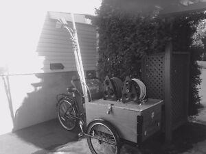 tricycle cargo monter pour le lavage de vitre à l'eau pure