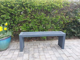 Bench (indoor/outdoor)