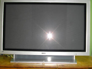 "NON WORKING 42"" Legend plasma TV $20"