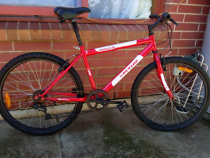Mens mountain bike 26""