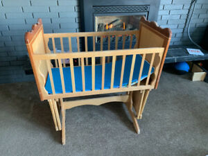 Cradle - custom-made, hand-crafted