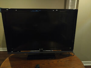 SONY LCD DIGITAL COLOR TV 40 INCH