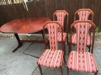 TABLE AND 4 CHAIRS SHABBY CHIC PROJECT ** FREE DROP OFF WEDNESDAY **
