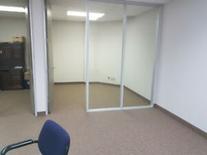 Executive Office Available for Rent in Thornhill on Yonge Street