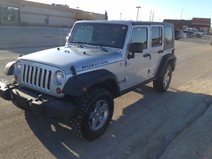 2010 Jeep Wrangler unlimited rubicon /EXCELLENT COND