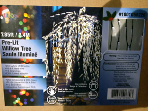 *****BNIB 7.85ft PRE-LITE WILLOW TREE GREAT FOR HOLIDAYS****