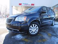 Chrysler Town - Country 4dr Wgn Touring 2014