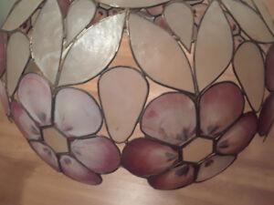 Tiffany-style light fixture / chandelier