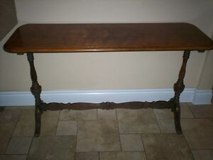 TABLE CONSOLE ANTIQUE MCLAGAN GRAND MASTER FURNITURE
