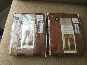 Linens: BNWT Drapes,table cloths,sheer drape panel,22''pillows Strathcona County Edmonton Area image 1