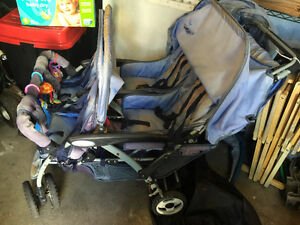Quad Stroller and Rain Cover Perfect for Daycare Price Drop