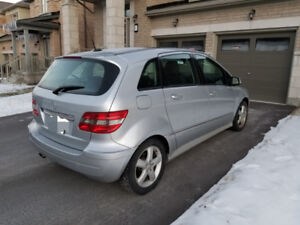 2008 MERCEDES B200 WITH WINTER TIRES