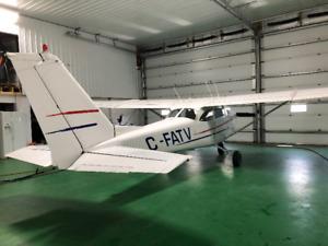 Cessna 172 F Passenger Plane