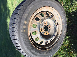 4 Winter tires and rims 185/65/R14 like new Cornwall Ontario image 2