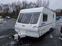 LUNAR DELTA 520/2 BERTH TWIN-AXLE END BATHROOM