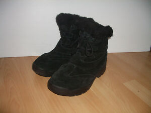 """"""""""" SOREL """""""" winter boots --------- size 8.5 - 9 US lady"""