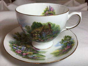 ROYAL VALE THATCHED COTTAGE GARDEN SCENE CUP  & SAUCER