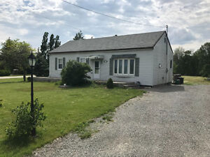 Bungalow for rent near Beamer's Falls, Grimsby