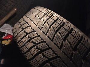 4 pneus d'hiver 205-60-R16 Saguenay Saguenay-Lac-Saint-Jean image 2