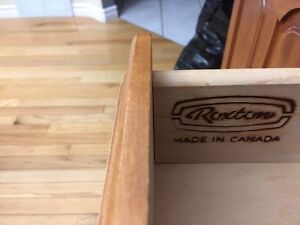 Roxton hutch and table ***REDUCED Strathcona County Edmonton Area image 4