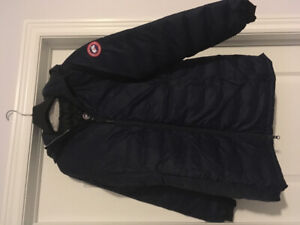 Brand New With Tag Authentic Canada Goose Women's Jacket size M