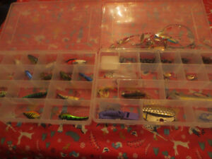 BIG LOT MIXED OF FISHING LURES BOXES HOOKS SPINNING FISHING RE