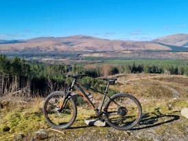 Whyte 605 Mountain Bike