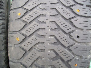 225/60/R16 SNOW TIRES(studded)