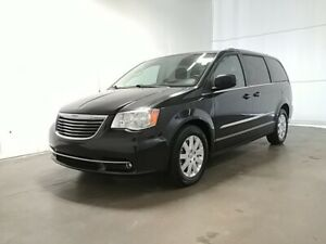 2013 Chrysler Town & Country TOURING  -  Power Tailgate